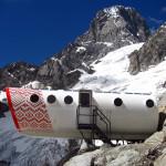Refuge-Gervasutti-Alpine-Hut-2